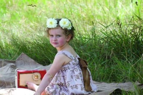 Kids fashion by Hucklebones for summer 2010