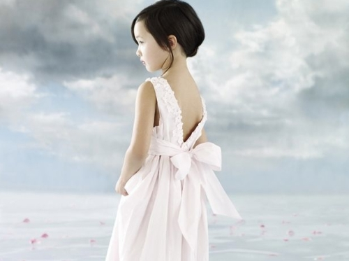 Kids Inc is an agency that specializes in models from newborn to 12 yrs.
