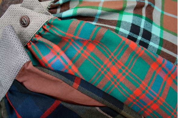 LEOCA Paris tartan and contrast cuff details for winter 2011 kidswear