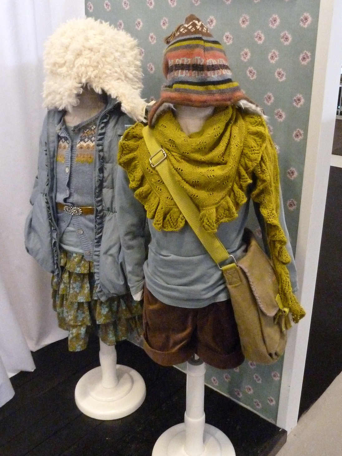 Mustard and grey tones for Noa Noa winter 2011 kids fashion