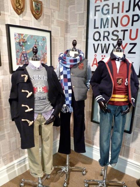 The duffle coat is super trendy again in menswear, for kids it never went away! Hackett winter 2011 childrenswear.