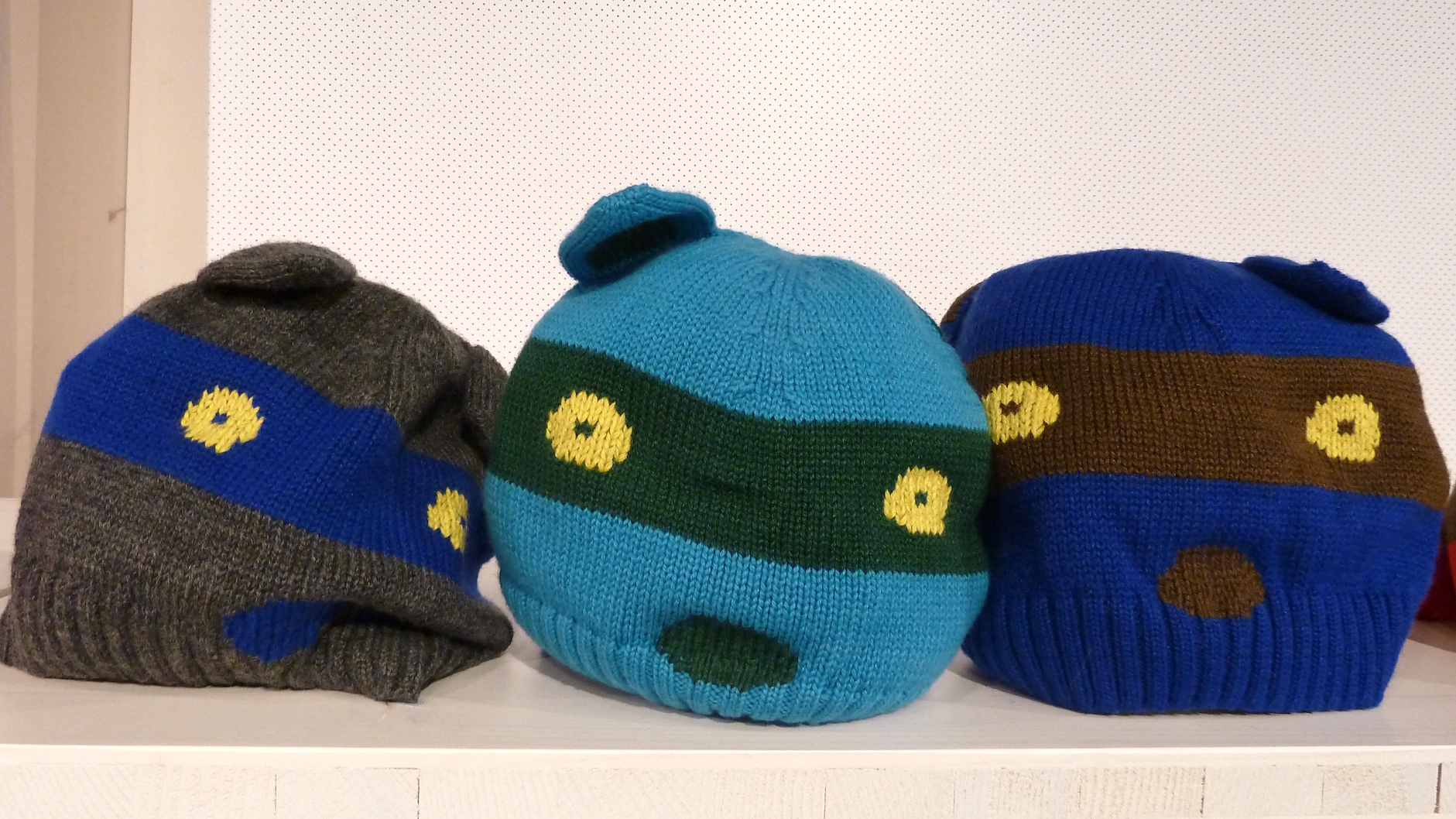 Fun hats from Belgium designer Anne Kurris for childrenswear winter 2011