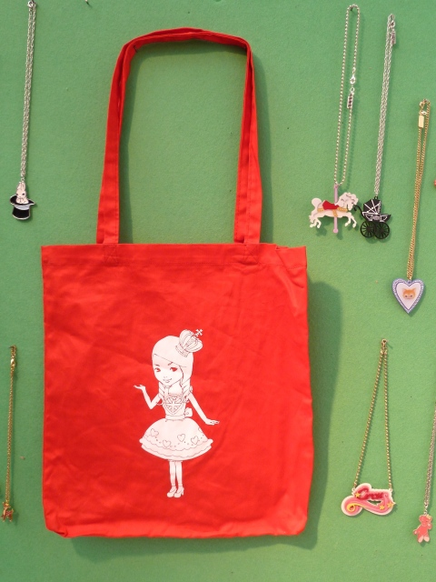 Cute Alice in Wonderland theme bag and jewels from Anna Lou of London at Bubble London for summer 2012