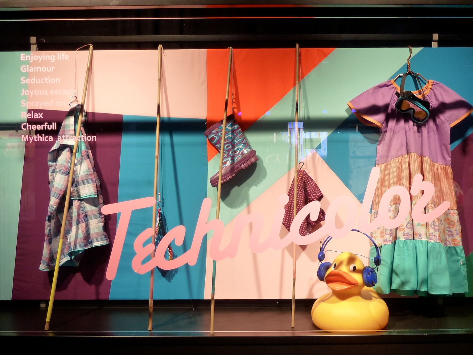 Technicolor  -  childrenswear trends for summer 2012 at Ciff Kids Copenhagen