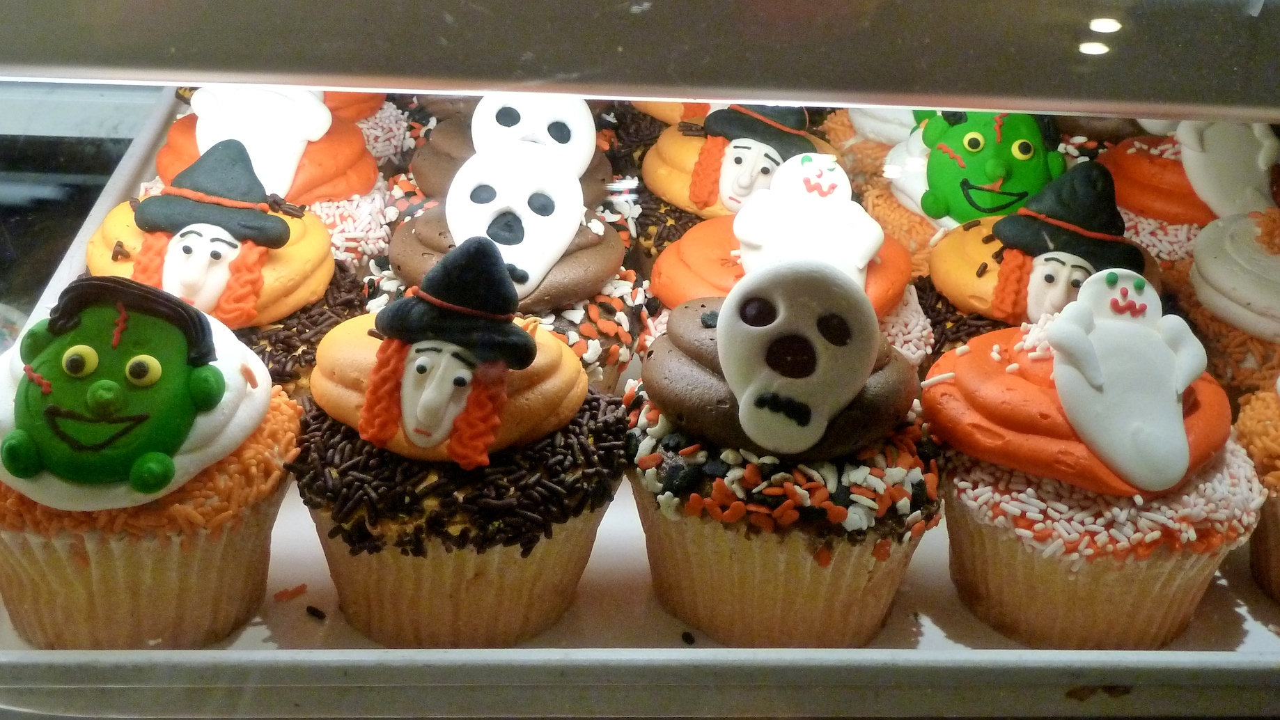 Halloween cupcakes in New York, could be fatal if you eat too many!