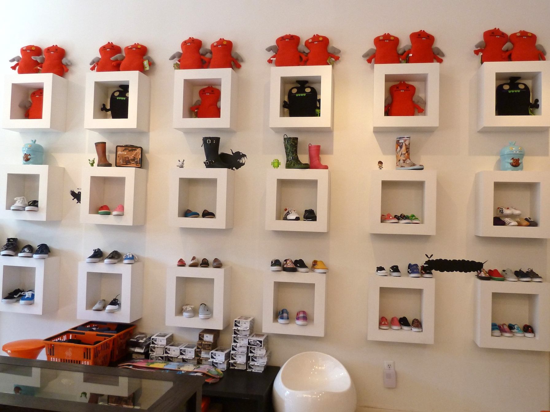 Smart Shopping For Kids Fashion In New Yorks Meat Packing District
